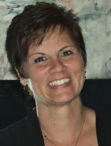 Denise Headshot 2